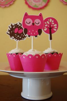 Lovely owl cupcake topper in bold pink and browns. Find this color combo at www.cardstockshop.com.