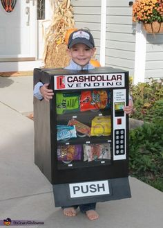 Jill: My son, Levi is wearing the costume. Make of cardboard boxes, tape, glue, a broken slinky and some empty snack bags. Epic Halloween Costumes, Purim Costumes, Funny Costumes, Homemade Costumes, Homemade Halloween, Boy Costumes, Costume Ideas, Holidays Halloween, Halloween Kids