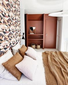 Modern Bedroom, Decoration, Entryway, Instagram, Furniture, Terracotta, Home Decor, Photos, Master Bedrooms