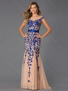 Trumpet/Mermaid Scoop Neck Tulle Sweep Train Appliques Lace Prom Dresses