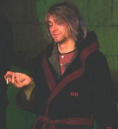 Kurt Cobain Style, Kurt Cobain Photos, Nirvana Kurt Cobain, Just Beautiful Men, Pretty Men, Pretty Boys, Foo Fighters, Donald Cobain, Dave Grohl