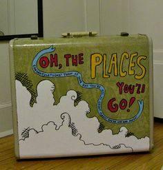 Vintage hand-painted suitcase DLMthoughts : I need a new suitcase . hmm