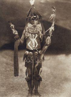 Zahadolzha - Navaho (The North American Indian, v. I. Cambridge, MA: The University Press, 1907)