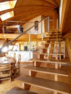 Open Wooden Stairs Ideas For 2019 Monolithic Dome Homes, Geodesic Dome Homes, Stairs Architecture, Architecture Design, Stairs Colours, Metal Stair Railing, Stair Walls, Tiny House Stairs, Open Stairs