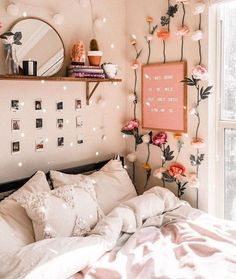 dream rooms for adults . dream rooms for women . dream rooms for couples . dream rooms for adults bedrooms . dream rooms for girls teenagers Cute Room Ideas, Cute Room Decor, Dorm Room Wall Decorations, Comfy Room Ideas, Dorms Decor, Easy Decorations, Teen Room Decor, Diy Zimmer, Uni Room