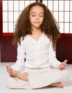 The benefits of yoga for kids from Raw For Beauty Mindfulness For Kids, Mindfulness Practice, Mindfulness Meditation, Teaching Mindfulness, Morning Meditation, Meditation Quotes, Mindfulness Quotes, Guided Meditation, Yoga For Kids
