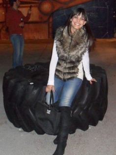 MartaGonfi Outfit   Otoño 2012. Combinar Chaleco Marróno Guess, Cómo vestirse y combinar según MartaGonfi el 13-11-2012