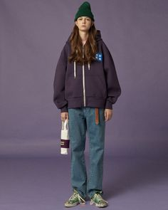ADER ERROR's ''Significant Tag collection boasts a wide selection of sweatshirts and accessories that guarantee style and wearability. Look Fashion, 90s Fashion, Korean Fashion, Fashion Brands, Girl Fashion, Fashion Outfits, Womens Fashion, Skateboard Style, Concept Clothing