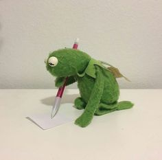 Writing my will just like& The post Writing my will just like& appeared first on Memes Apaixonados. Cute Memes, Funny Memes, Sapo Kermit, Sapo Meme, Frog Meme, Kermit The Frog, Memes Br, Wholesome Memes, Meme Faces