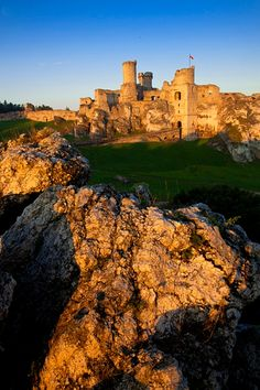 Ruins of the medieval Ogrodzieniec Castle, Poland