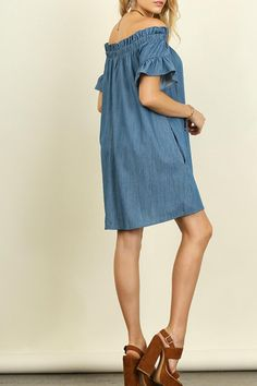 """Chambray off the shoulder dress with a ruffle sleeve. This dress has pockets. Model is 5'7"""" and is wearing a small.  Chambray Dress by Umgee USA. Clothing - Dresses - Off The Shoulder Texas"""