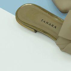 SORRIA você tem um Tanara! ;) #tanaralovers #tanarafirst #shoesfirst