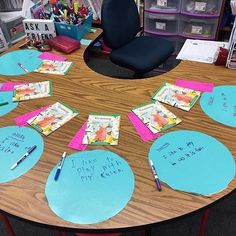 The guided reading table. my teacher happy place! Guided Reading Table, Guided Reading Activities, Reading Centers, Reading Lessons, Reading Workshop, Kindergarten Reading, Teaching Reading, Reading Strategies, Reading Comprehension
