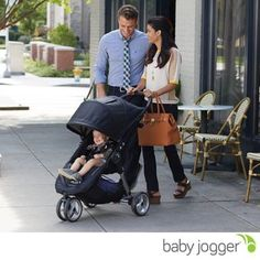 The City Mini is Baby Jogger most award winning stroller, and it's easy to see why! With a sleek and practical design, this stroller is the perfect choice for traversing the urban jungle