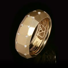 Mousson Atelier, collection Geometry, ring, Yellow gold 750, Diamonds