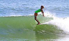 almasurf.com Melhores longboarders do mundo deslizam nas ondas de Noosa