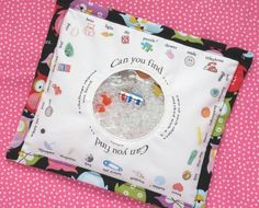 I Spy kids travel game. Would love to make this for or upcoming vacation! Could use a canvas pencil bag!