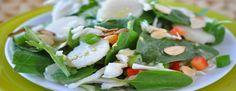 SALADA MISTA ORIENTAL COM VINAGRETE WASABI   O vinagrete de wasabi transmite um sabor marcante a esta Salada Mista Oriental, com uma combinação crocante de couve, espinafre e amêndoas tostadas. http://blogbr.diabetv.com/salada-mista-oriental-com-vinagrete-wasabi/