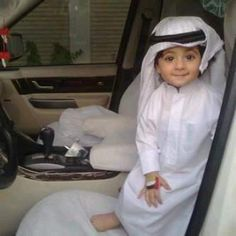 Discovered by Imran Khan. Find images and videos about love, baby and kids on We Heart It - the app to get lost in what you love. Precious Children, Beautiful Children, Beautiful Babies, Cute Boys, Cute Babies, Baby Kids, Arab Babies, Baby Photos, Baby Pictures