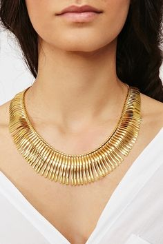 Curved Fringe Necklace http://www.nastygal.com/whats%2Dnew/curved%2Dfringe%2Dnecklace?utm_source=pinterest_medium=smm_campaign=pinterest_nastygal