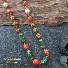 beads jewelry indian gold Set it yellow gold beads mala . Shipping across USA and India. For further details whatsapp us on Antique Jewellery Designs, Beaded Jewelry Designs, Gold Jewellery Design, Bead Jewellery, Gems Jewelry, Necklace Designs, Gold Jewelry Simple, Emerald Jewelry, Indian Jewelry
