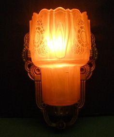 VINTAGE ART DECO LIGHTOLIER SLIP SHADE SCONCE WALL LAMP NR EXCELLENT WORKS
