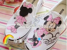 Low Minnie Mouse White Pink Hand Painted Canvas Women Shoes, Mickey Mouse Shoes, Cosplay Hand Drawing Shoes