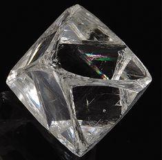 Diamant Rio Velho, São Paulo, Brésil Taille=4.6 ct Museu Amsterdam Sauer, Rio de Janeiro Photo Marcelo Lerner