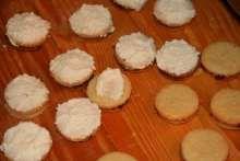 Kokosové brmbolčeky • Recept | svetvomne.sk Basket