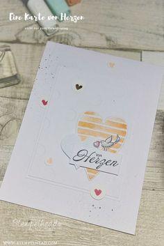 Karte mit Stampin' UP! Produkten die zum Valentinstag, zur Hochzeit, zum Geburtstag oder weitere Anlässe genommen werden kann. Verwendet wurde das Stempelset Heart Happiness, Heartfelt Blooms und Friendship's Sweetest Thoughts, Designerpapier gemalt mit Liebe, Prägeform gut gepunktet,