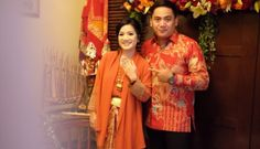 Lamaran dengan Tema Etnik Nusantara ala Adriane dan Aditya