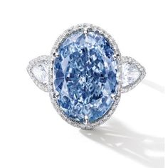 This stunning gem is the largest oval vivid blue diamond ever to be seen at auction according to Sotheby's. Found in the Cullinan Mine in South Africa it weighs an amazing 10.10 carats! There are only a handful of blue diamonds in the world that weigh over 10 carats and that is part of the reason this gem, the De Beers Millennium 4, went for $32 million! #auction #bluediamond #DeBeers