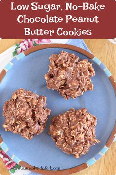 NO blender or food processor needed for these delicious and healthy cookies! Stir everything together with a spoon and chill until set! Healthy Cookies, Healthy Treats, Best Gluten Free Recipes, Healthy Recipes, Top Food Allergies, Chocolate Peanut Butter Cookies, Sweet Life, Fork, Yum Yum