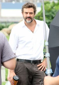 Jeffrey Dean Morgan on the set of Invasion of Privacy