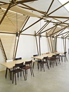 1024 Architecture, 24 Lines, installazione all'ingresso dell'art centre La Panacée, Montpellier, Francia. Photo © Brice Pelleschi #restaurant #interior #wood