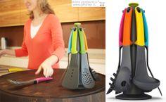 Elevate Carousel Gift Set - Multi Colour // Najsavršeniji mogući poklon za svakog kuhinjskog velemajstora i perfekcionistu!  Zašto perfekcionistu? Zato što ova paleta svih mogućih alatki koje će Vam zatrebati u kuhinji ima mnoge higijenske odlike i građu kojom minilazuje nered i slučajne fleke na radnoj površini. A pogledajte samo te boje!