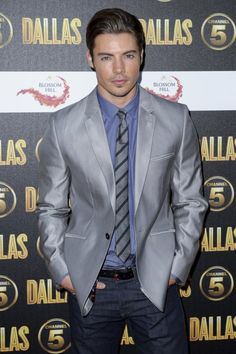 He makes me want to start watching Dallas :) Josh Henderson, Hey Good Lookin, White Man, Celebrity Crush, Pretty Boys, Gorgeous Men, Casual Chic, Actors & Actresses, Sexy Men
