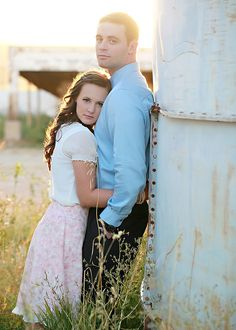 Julie Parker does an amazing job.looks like she might still have room on her schedule for March. Engagement Photo Poses, Engagement Inspiration, Engagement Couple, Engagement Pictures, Engagement Photography, Wedding Photography, Couple Posing, Couple Shoot, Couple Pictures