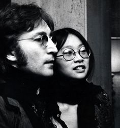 Great photo of John Lennon and May Pang with Harry ...
