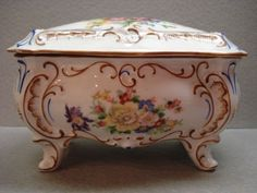 This is a lovely Vintage large Trinket Box crafted by Ilmenau (often referenced as Jlmenau) Grof Von Henneberg of Germany. Trinket Boxes, Tart, Germany, Antiques, Flowers, Crafts, Vintage, Antiquities, Antique