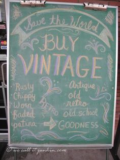 Junkin Joe upcycling fun … vintage finds and more plus a Linky Party … all are welcome - DIY Upcycled Crafts Vintage Store Displays, Vintage Display, Vintage Decor, Thrift Store Shopping, Thrift Store Crafts, Thrift Stores, Upcycled Crafts, Handmade Crafts, Repurposed