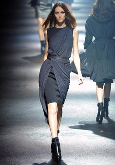 Lanvin Fall 2012 RTW - Runway Photos - Collections - Vogue##/collection/runway/fall-2012-rtw/lanvin/22/