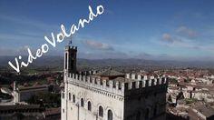 Riprese aeree documentario su Gubbio.   Videovolando in collaborazione con Studio Sannipoli .  Un grazie al Comune di Gubbio per i permessi e il supporto che ha reso possibile eseguire, con il nostro drone, riprese senza precedenti.  Le riprese aeree sono state eseguite con Canon 5D MarkII