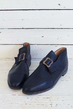 leuke vintage enkelschoenen met gesp, helemaal ongedragen! www.sugarsugar.nl
