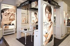 IVC created this high-end cosmetic kiosk for Lancôme.