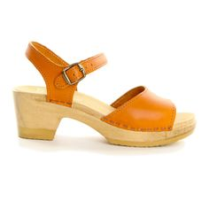 I saw gals wearing these in Seattle this weekend, super cute and don't look frumpy Sandal Clog Med Tangerine