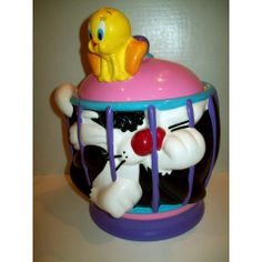 """BRAND NEW LOONEY TUNES """"TWAPPED IN A CAGE"""" TWEETY SYLVESTER COOKIE JAR"""