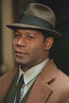 I chose him as a guard because he is strong.Dennis Haysbert was born on June 2, 1954 in San Mateo, California, USA as Dennis Dexter Haysbert. He is an actor and producer, known for The Unit (2006), 24 (2001) and Heat (1995). He was previously married to Lynn Griffith and Elena Simms.