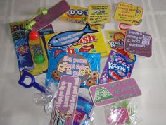 Lots of great ideas for inexpensive end of the year treats for students.  Free downloads of the toppers too!