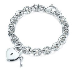 Tiffany & Co Outlet Heart And Key Bracelet